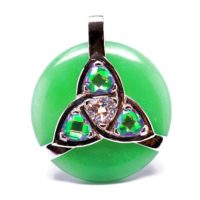 Triquetra Green Aventurine w/Mystic Green & Clear Quartz Amulet (Front)