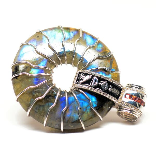 Rainbow Labradorite – Solar Egyptian Amulet